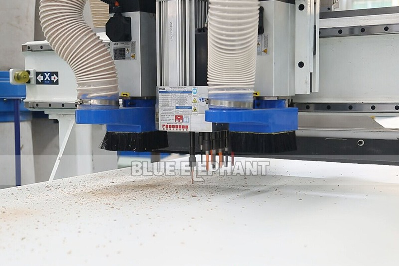 ELECNC-1325 CNC Router Automatic Loading and Unloading4