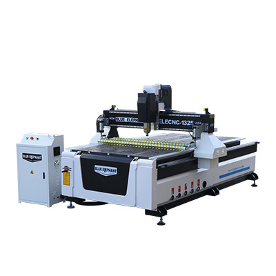 The Latest 1325 3 Axis CNC Router with Press Roller