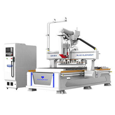 Nesting CNC router with linear tool changer